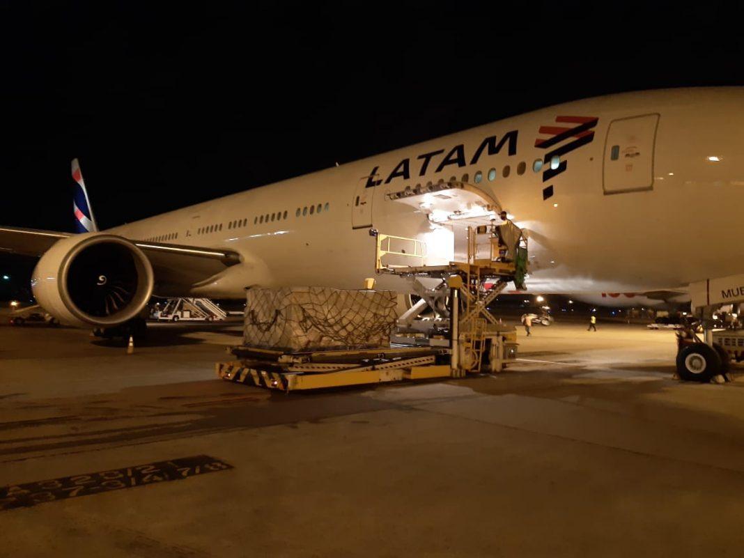 LATAM e Prefeitura do Rio de Janeiro concluem com sucesso transporte de 160 toneladas de insumos para combate à COVID-19